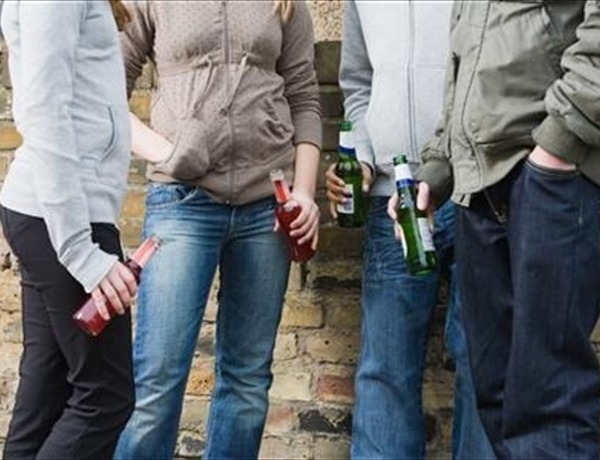 Iowa Bill to Crack Down on Underage Parties_-480601765400329372