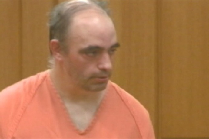 Jonathan Neunaber is being held in the Plymouth County Jail_5477476359088000613