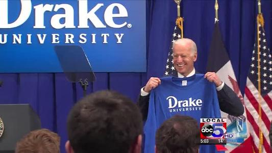 Biden Fuels 2016 Speculation with Trip to the Metro_-8233962001479417175