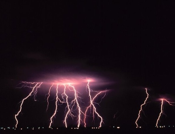 lightning_-1432463168678966154