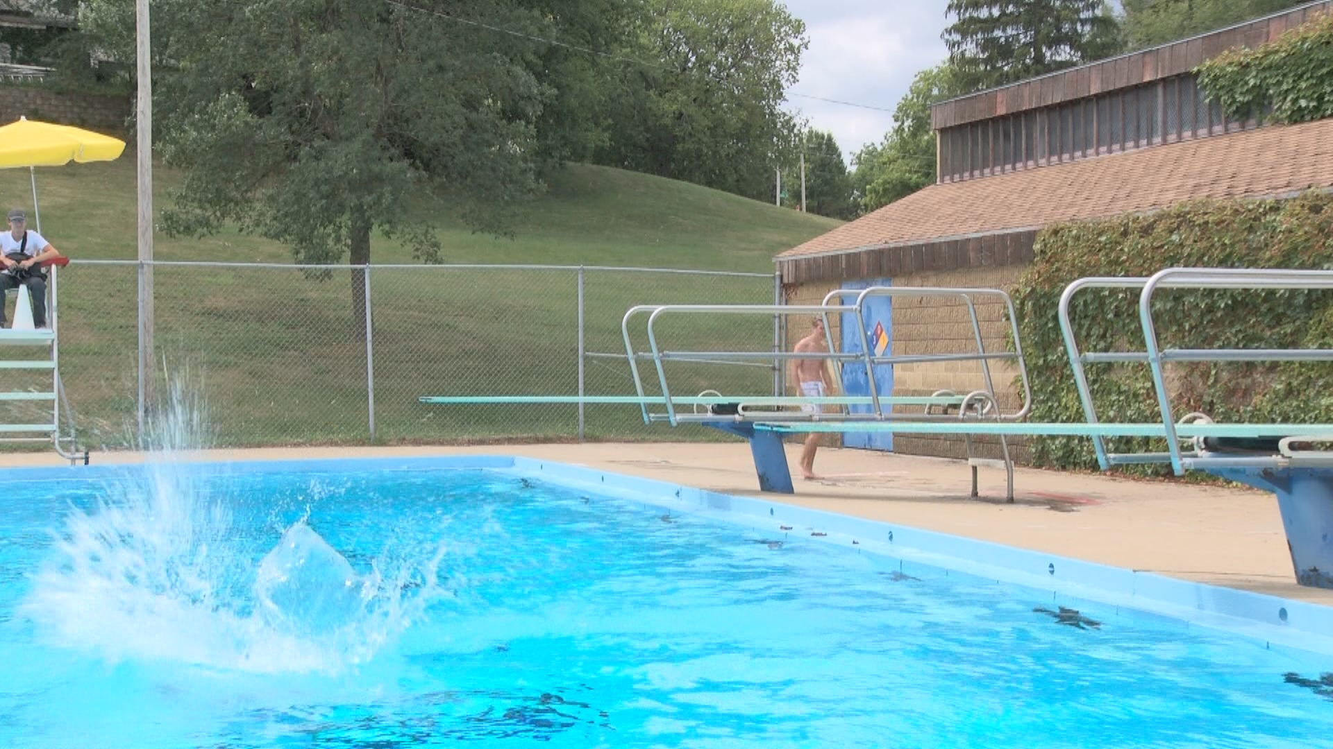 P SIOUX CITY SWIMMING POOLS_frame_2522_1502066382066.jpg
