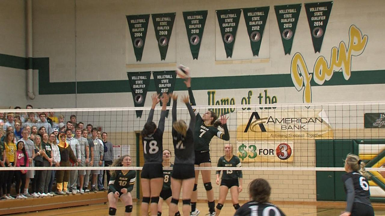9/25 Volleyball action
