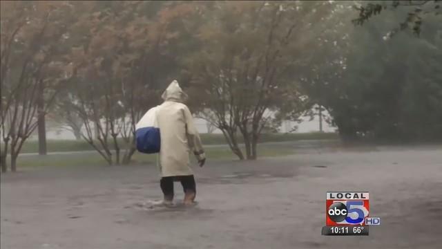 Iowan_helps_N_C__hurricane_victims_0_57819339_ver1.0_640_360_1538658523714.jpg