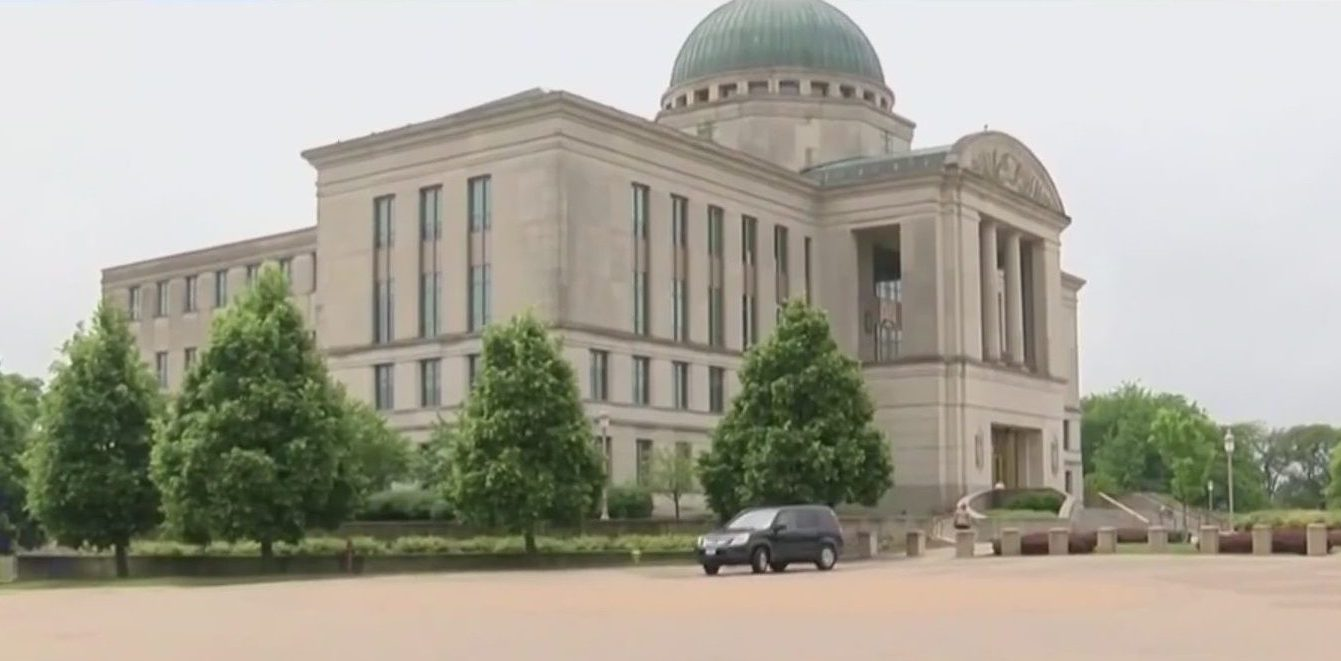 Iowa Supreme Court Upholds Bargaining Rights Law
