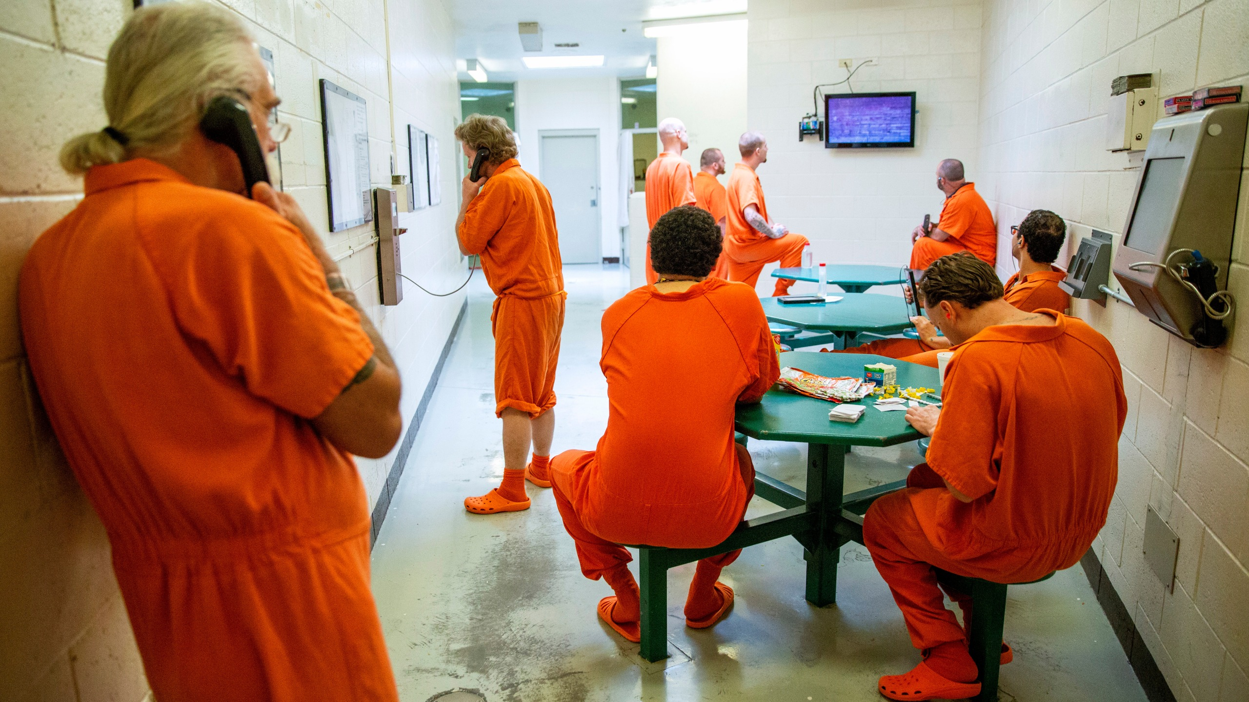 Get Out Of Jail Inmates Fearful Of Virus Argue For Release Siouxlandproud Sioux City Ia News Weather And Sports